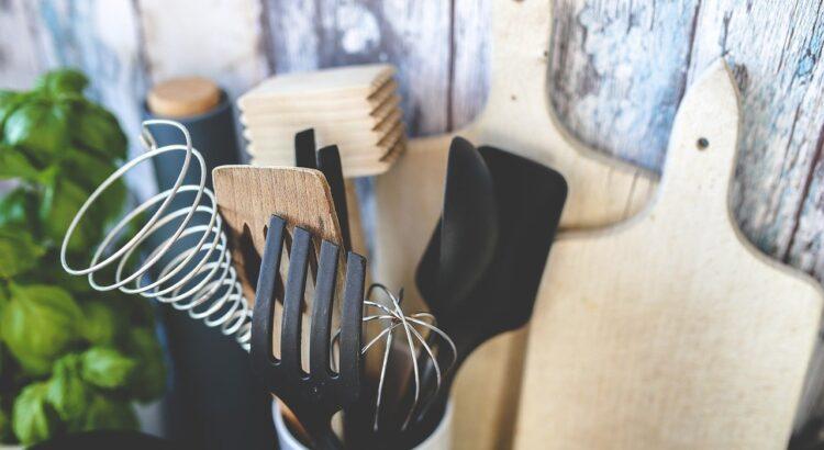 Markowe naczynia i akcesoria kuchenne